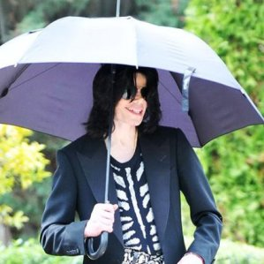 Michael Jackson with umbrella