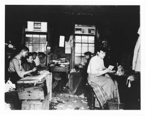 Jacob Riis, Necktie workshop in Division Street tenement, 1889