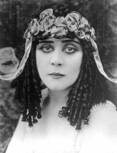 Theda Bara publicity shot for Cleopatra